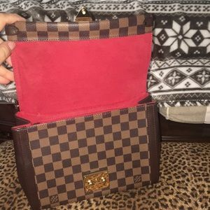 Authentic Louis Vuitton medium handbag